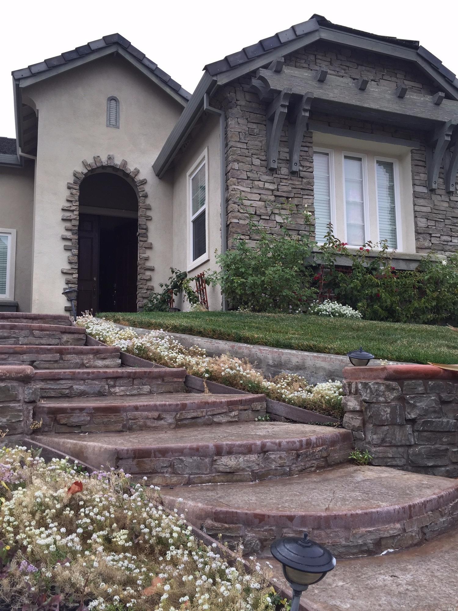 768 Overture Ln, Fairfield, CA