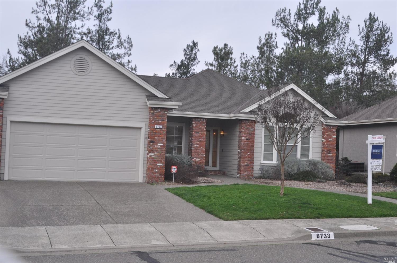 6733 Fairfield Dr, Santa Rosa, CA