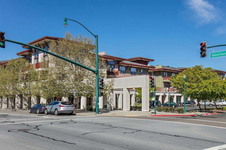 945 Doubles Dr #APT 206, Santa Rosa, CA