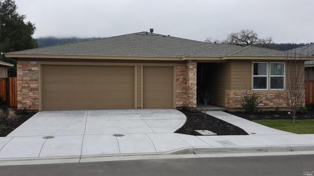 6335 NE Pine Valley Dr, Santa Rosa, CA