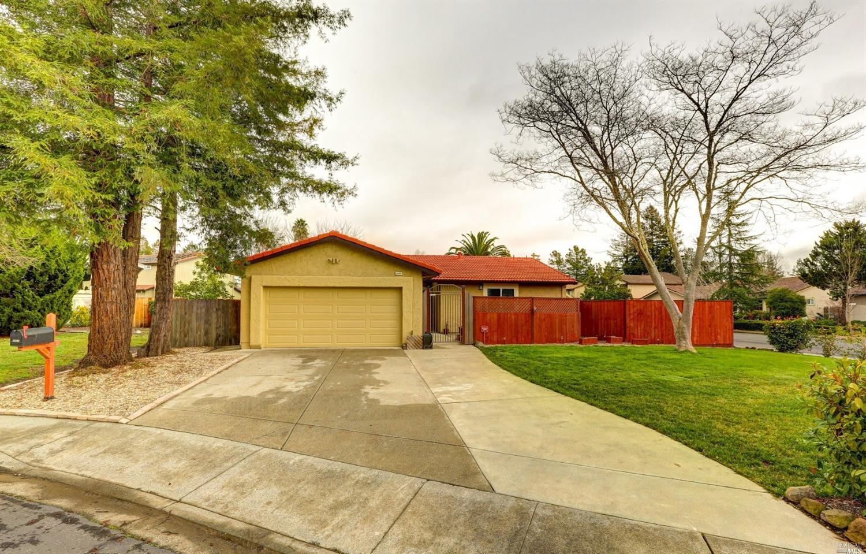 4680 Fir Ct, Rohnert Park, CA