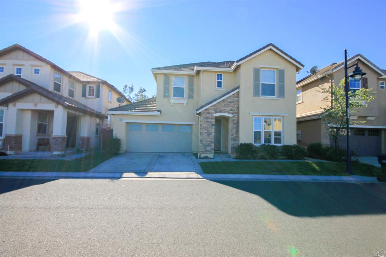 1237 Gray Hawk Ln, Suisun City, CA