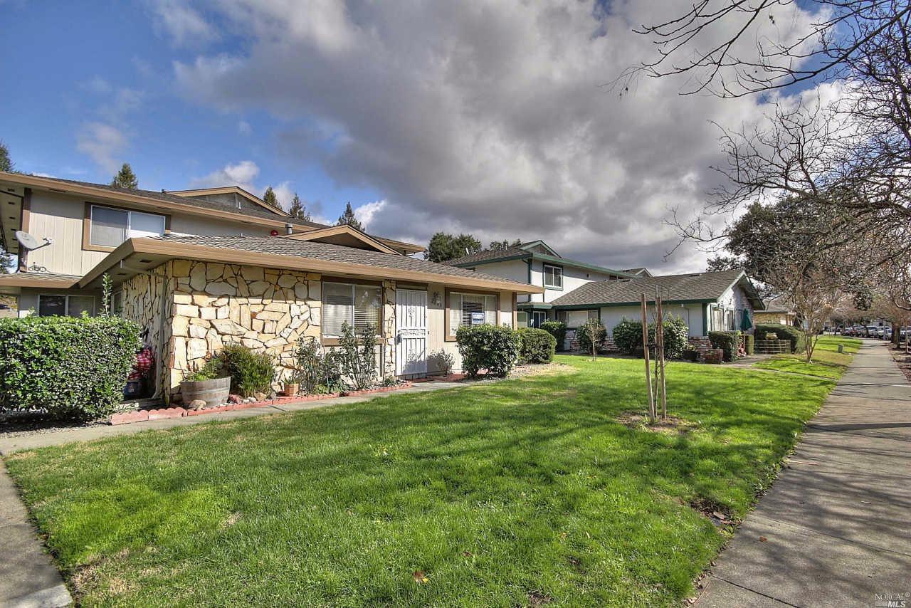 2648 Coffey Ln, Santa Rosa, CA