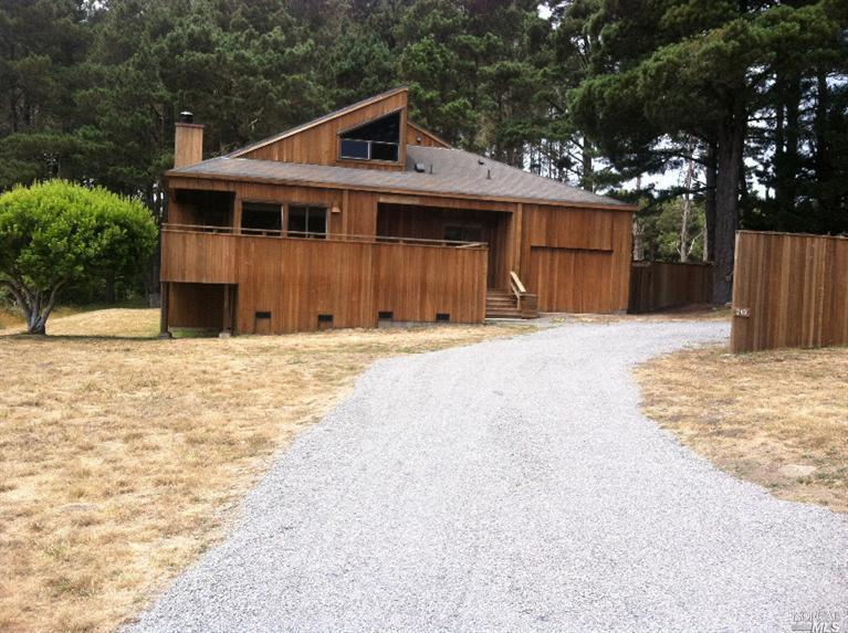 349 Westgate Dr, The Sea Ranch, CA