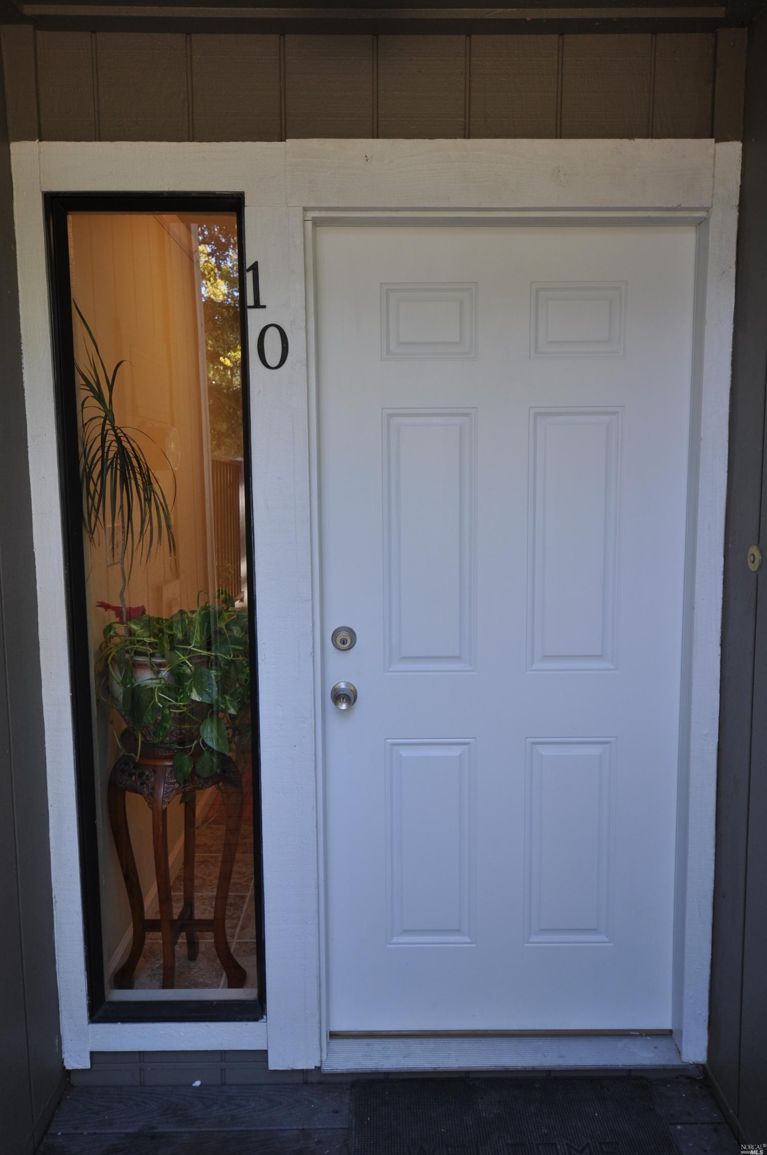 165 Oddstad Dr #APT 10, Vallejo, CA