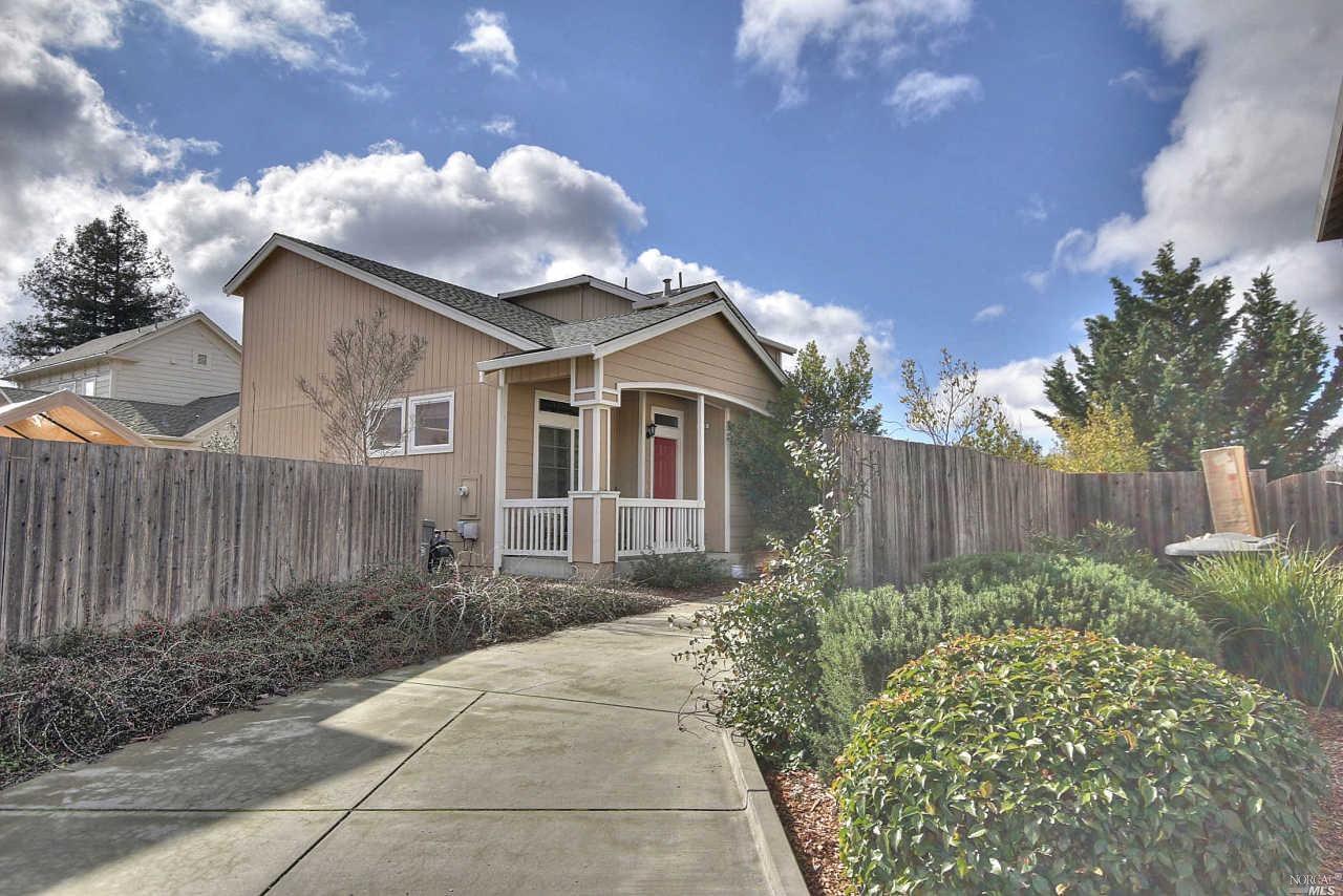 2581 Zircon Pl, Santa Rosa, CA
