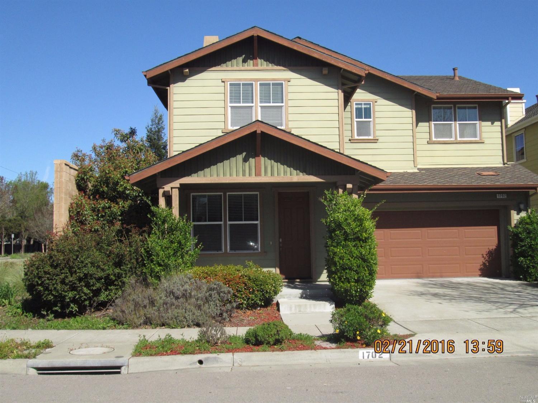 1702 Southgate Dr, Petaluma, CA