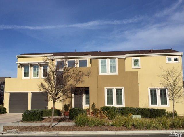 586 Sapphire St, Petaluma, CA