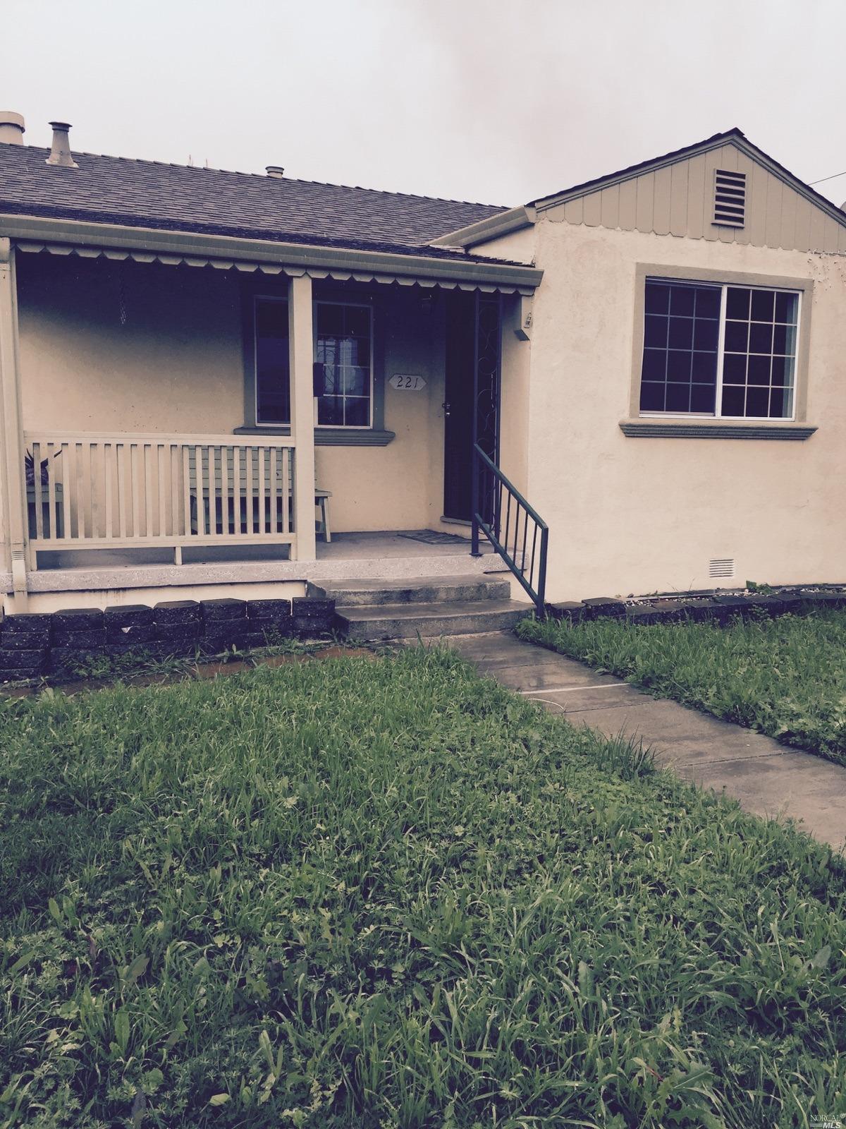 221 Woodrow Ave, Vallejo, CA