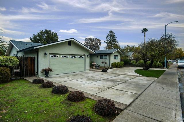480 Buck Ave, Vacaville, CA