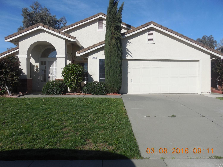 898 Christine Dr, Vacaville, CA