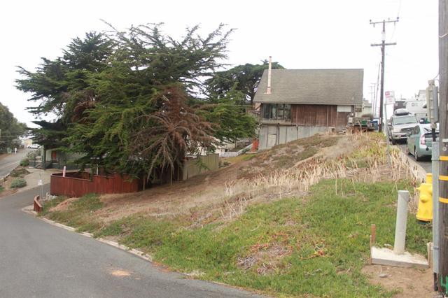9 Ocean View Ave, Dillon Beach, CA 94929