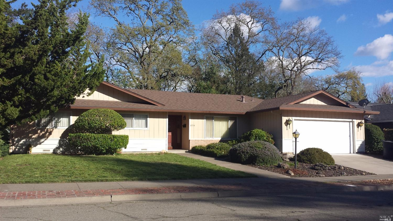 6334 Bridgewood Dr, Santa Rosa, CA