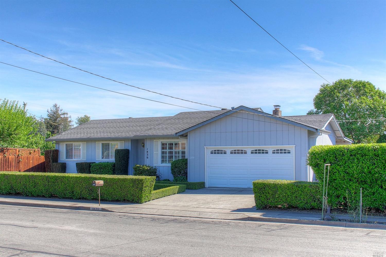 1436 Ditty Ave, Santa Rosa, CA