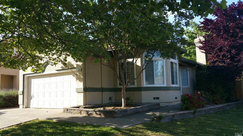 449 Bald Eagle Dr, Vacaville, CA