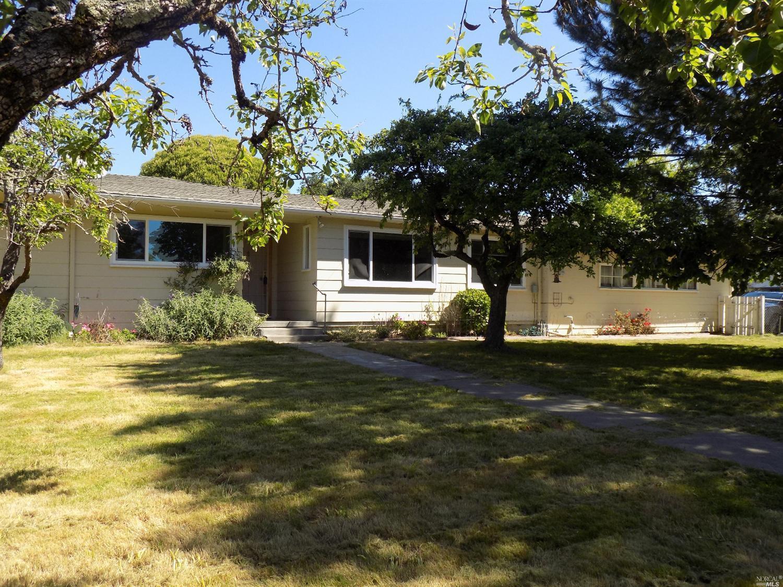 1991 Marsh Rd, Santa Rosa, CA