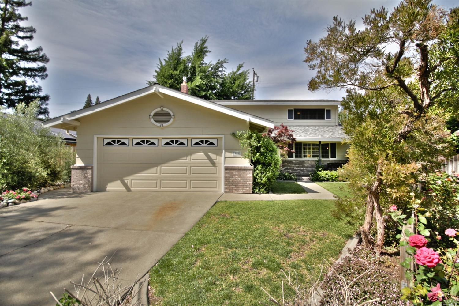313 Nile Ct, Vacaville, CA