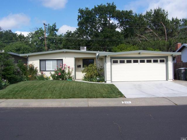 325 N West St, Vacaville, CA