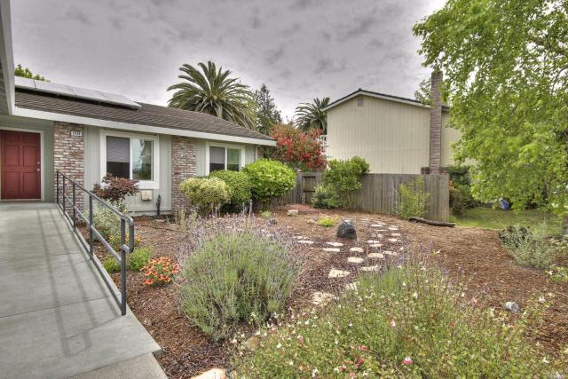 5724 Dorian Dr, Rohnert Park, CA