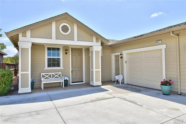 9417 Oak Trail Cir, Santa Rosa, CA