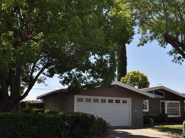 129 Deodara St, Vacaville, CA