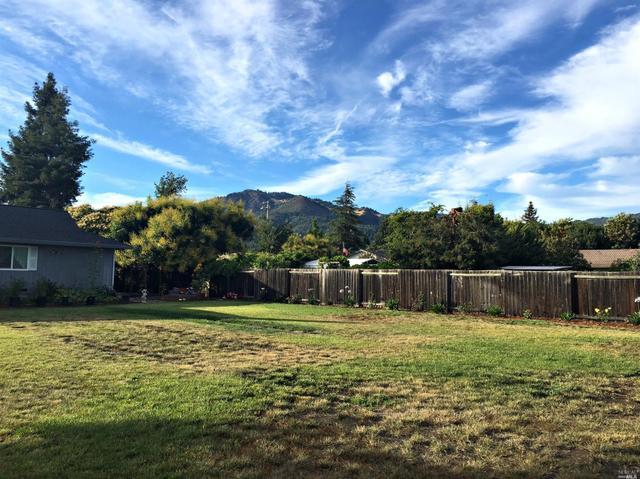 390 Treehaven Ln, Kenwood, CA 95452