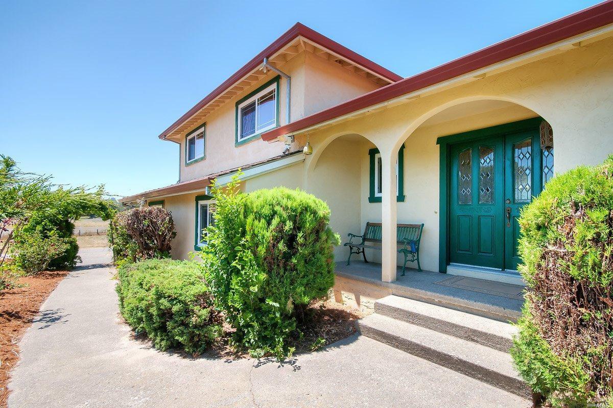 180 Rancho Ln, Petaluma, CA 94952