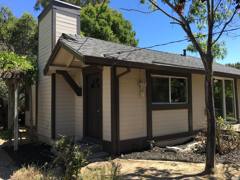 3 Grandview Ave, Petaluma, CA 94952