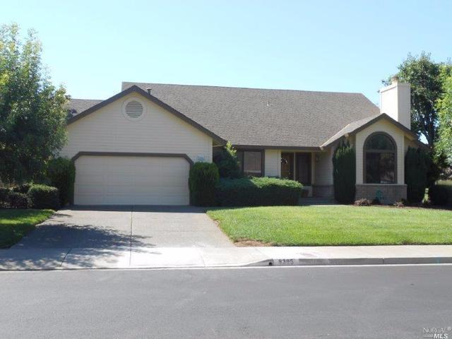 8395 Oakmont Dr, Santa Rosa, CA 95409