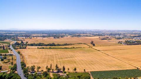 3755 Petaluma Hill Rd, Santa Rosa, CA 95404