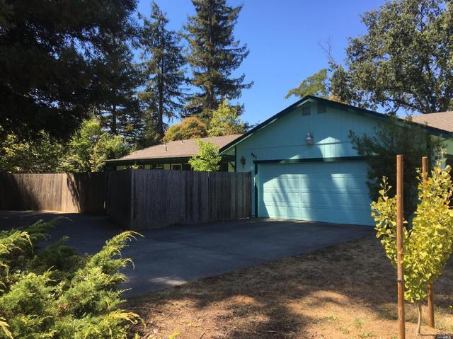 465 Boas Dr, Santa Rosa, CA 95409