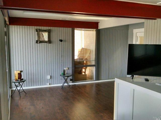 1630 Piner Rd, Santa Rosa, CA 95403