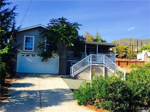 3349 Lakeview Dr, Nice, CA 95464