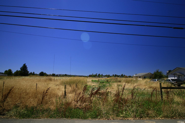 4319 Langner Avenue, Santa Rosa, CA 95407