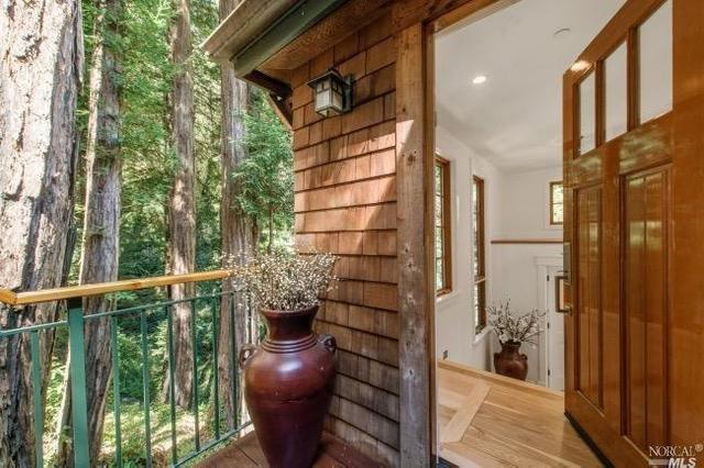 220 Rose Ave, Mill Valley, CA 94941