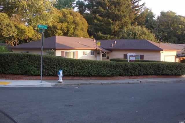 5386 Gold Dr, Santa Rosa, CA 95409