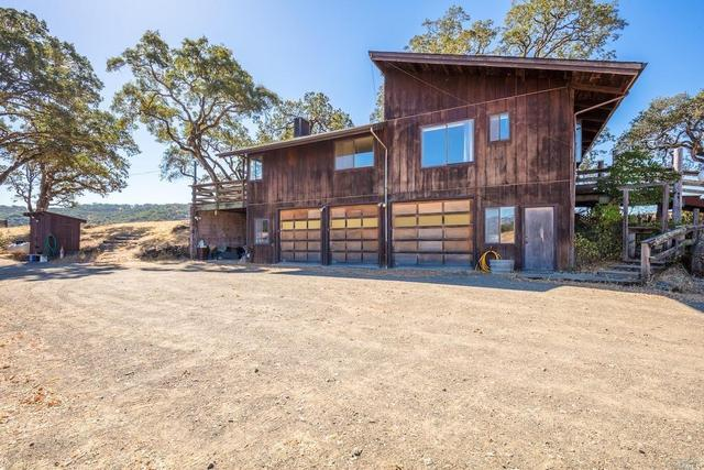 7040 E Side Potter Valley Rd, Potter Valley, CA 95469