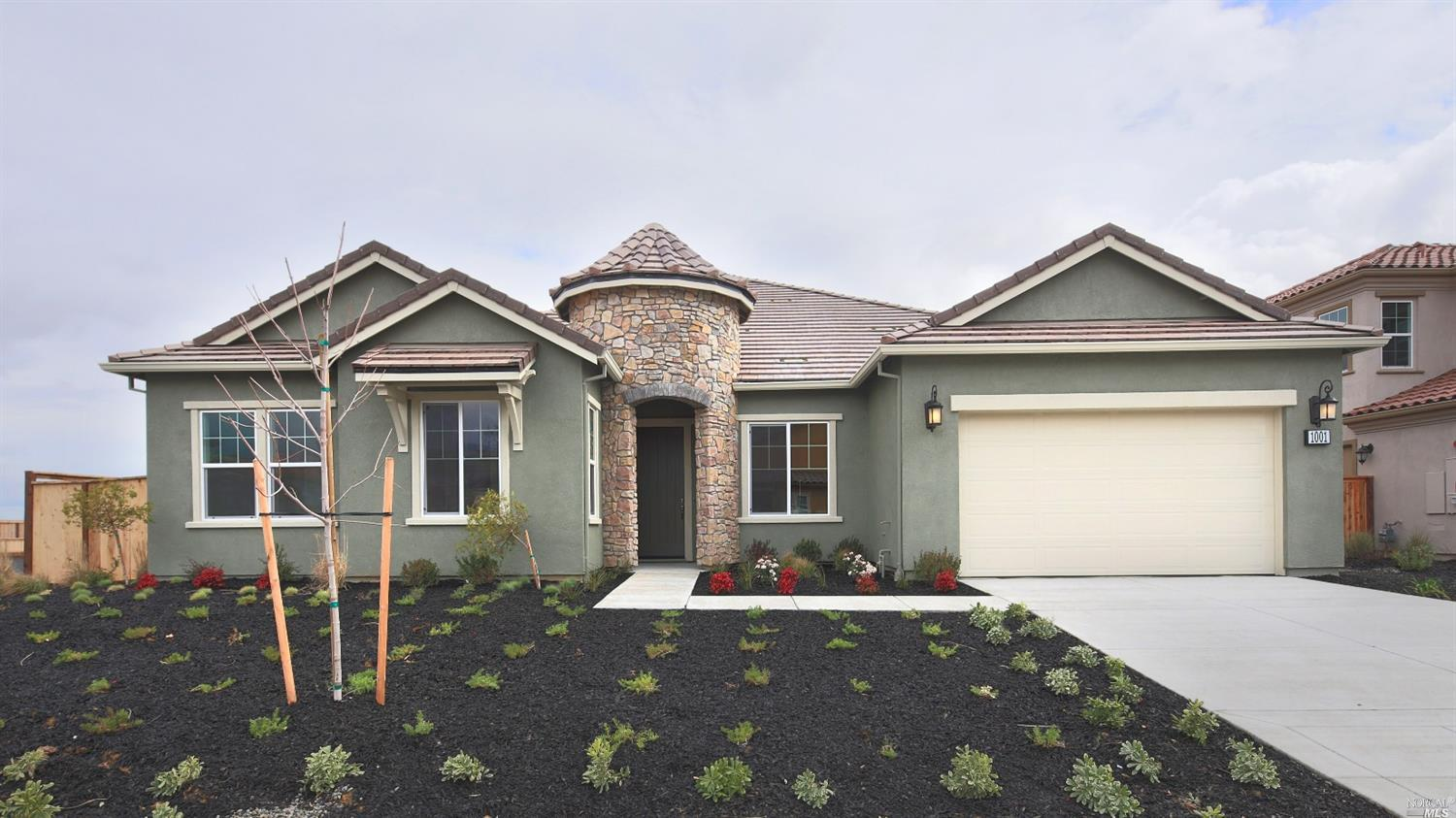 1001 Green Leaf Ct, Vacaville, CA 95688