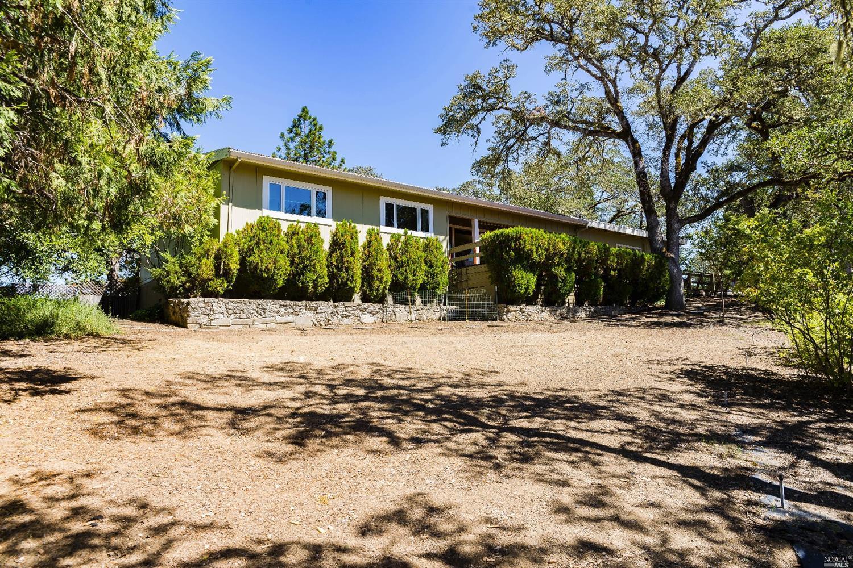 1850 Ridge Road, Ukiah, CA 95482