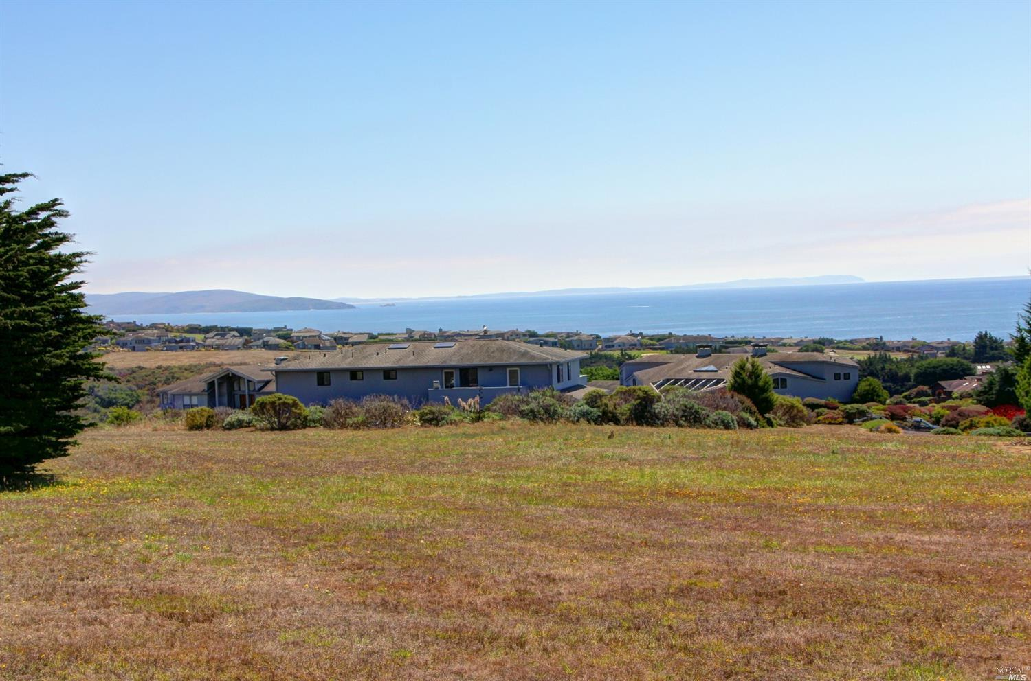315 Tom Jones Ct, Bodega Bay, CA 94923