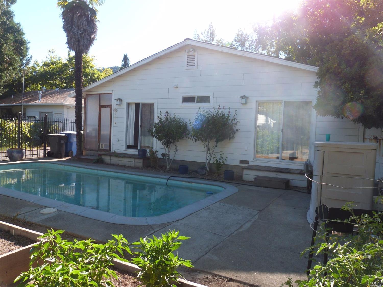 139 Cresta Drive, Ukiah, CA 95482