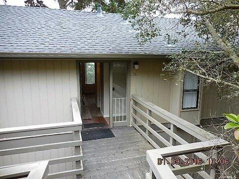 70 Forest Ridge Rd #16, Monterey, CA 93940