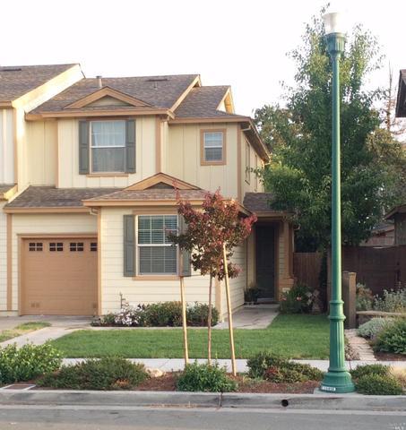 2448 Tedeschi Dr, Santa Rosa, CA 95403