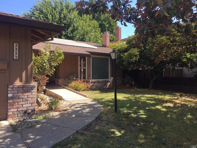 2212 Brighton Ct, Fairfield, CA 94533
