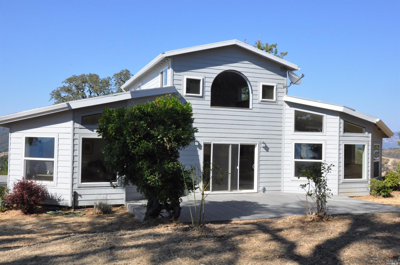 1880 Grandview Dr, Redwood Valley, CA 95470