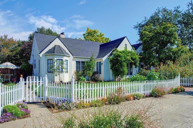 1055 Mcconnell Ave, Santa Rosa, CA 95404
