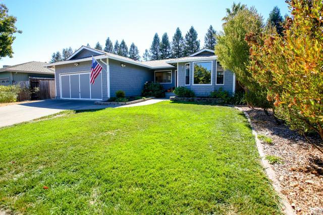 1820 Sansone Dr, Santa Rosa, CA 95403