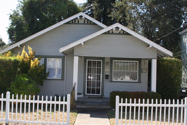 820 Cherry St, Santa Rosa, CA 95404