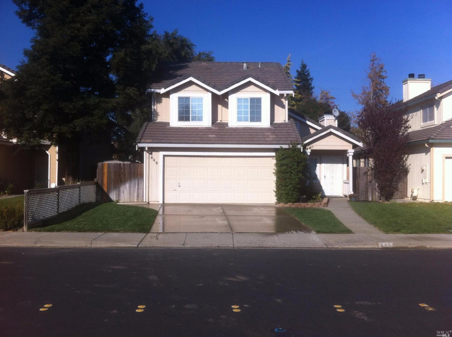 649 Poppy Cir, Vacaville, CA 95687