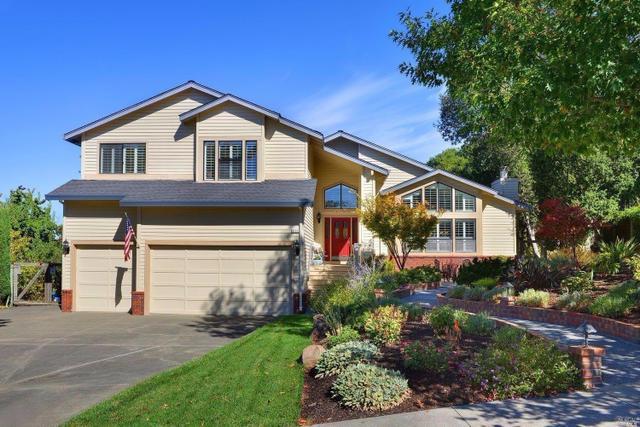 4725 Hillsboro Cir, Santa Rosa, CA 95405